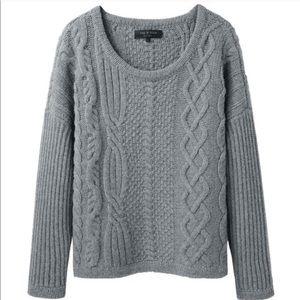 Rag & Bone cashmere blend sweater. LIKE NEW